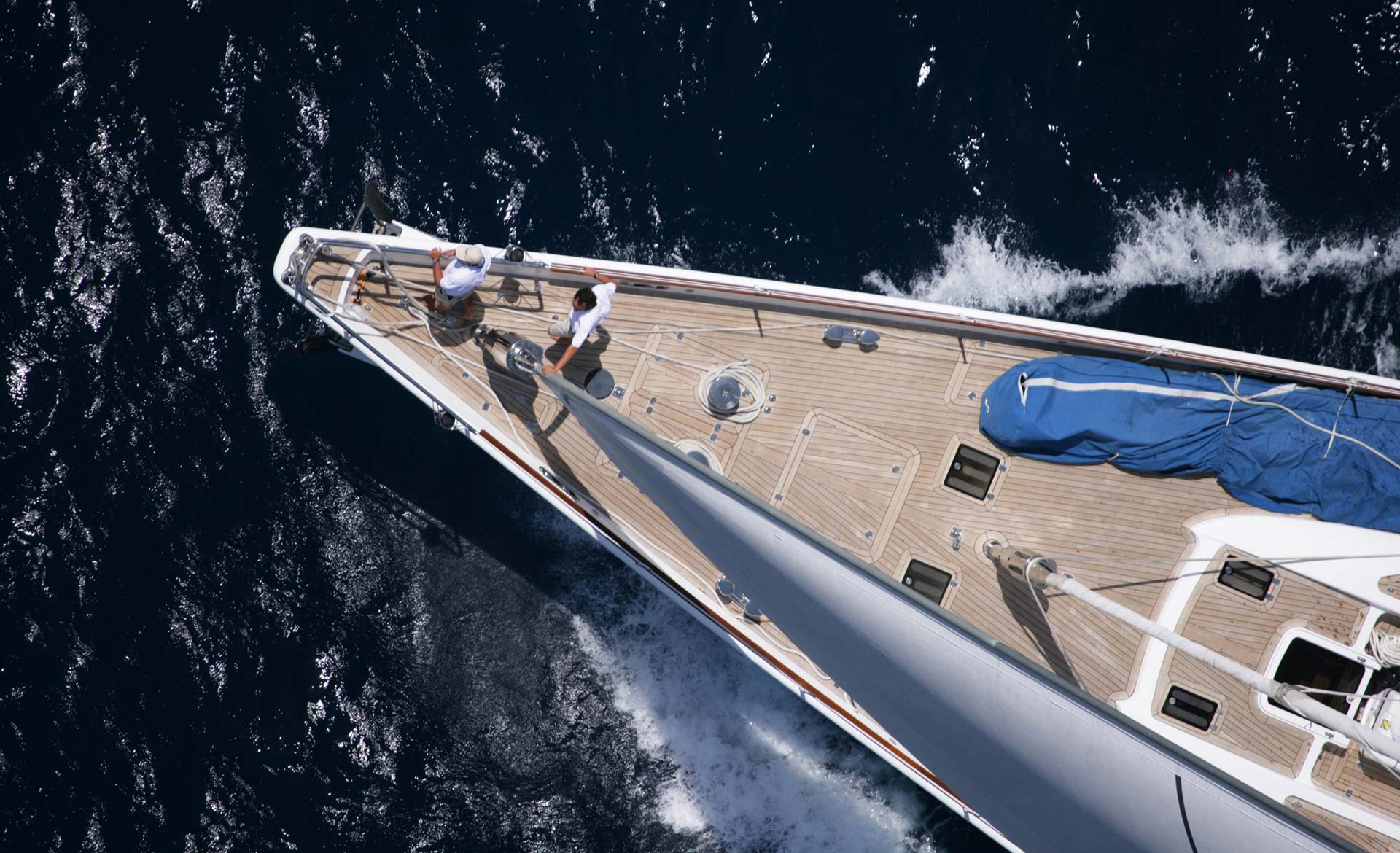 Alloy Yachts Red Dragon Sailing