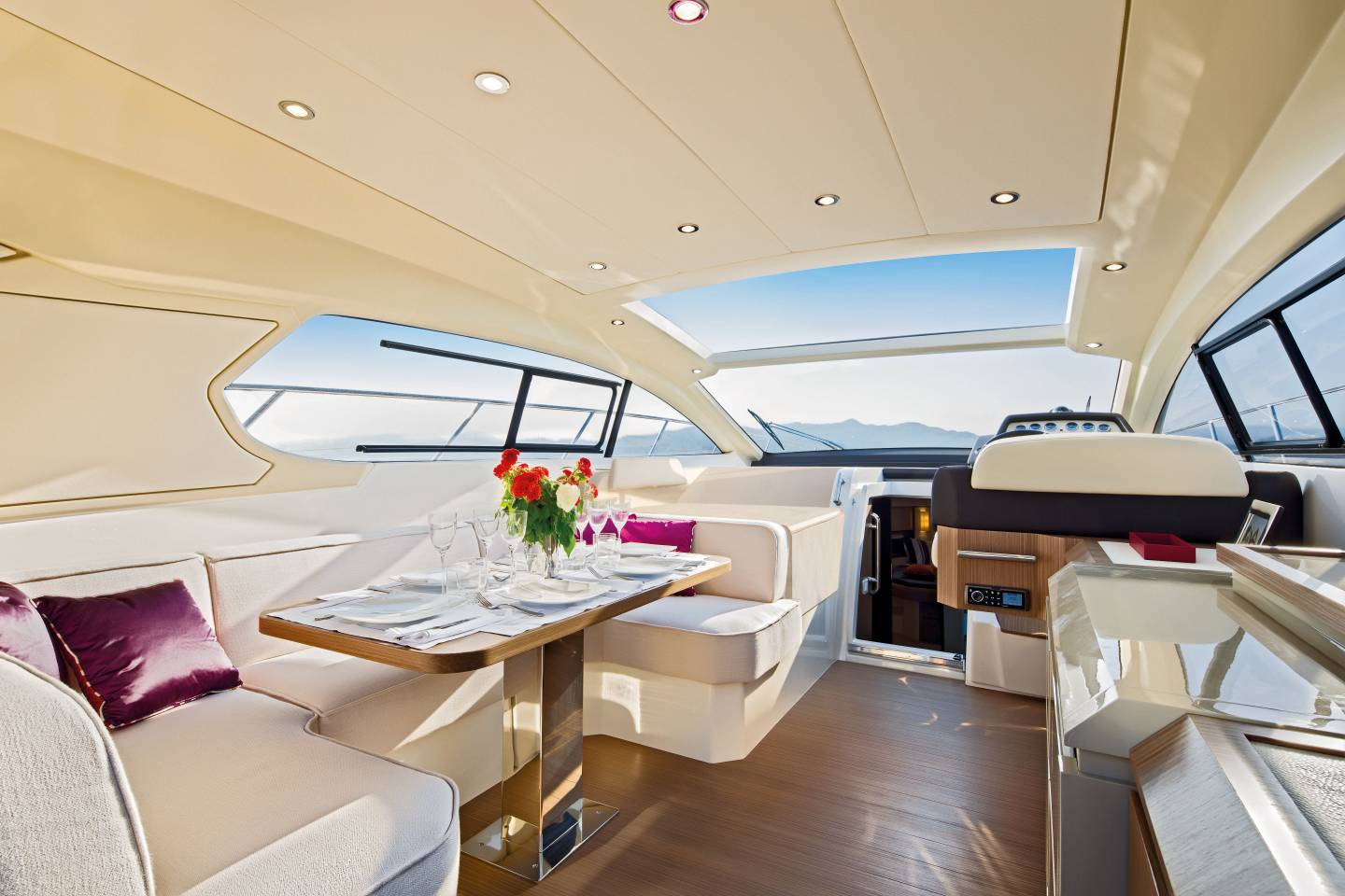 2015 Azimut Atlantis 50 Salon