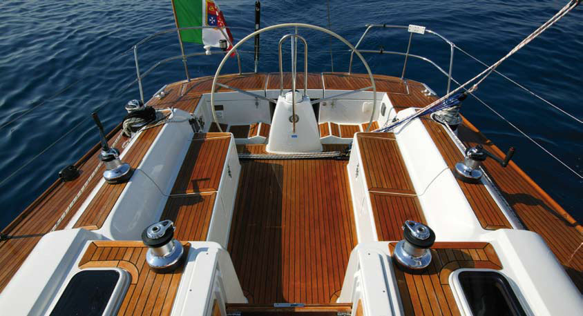 Grand Soleil 45 for sale Deck