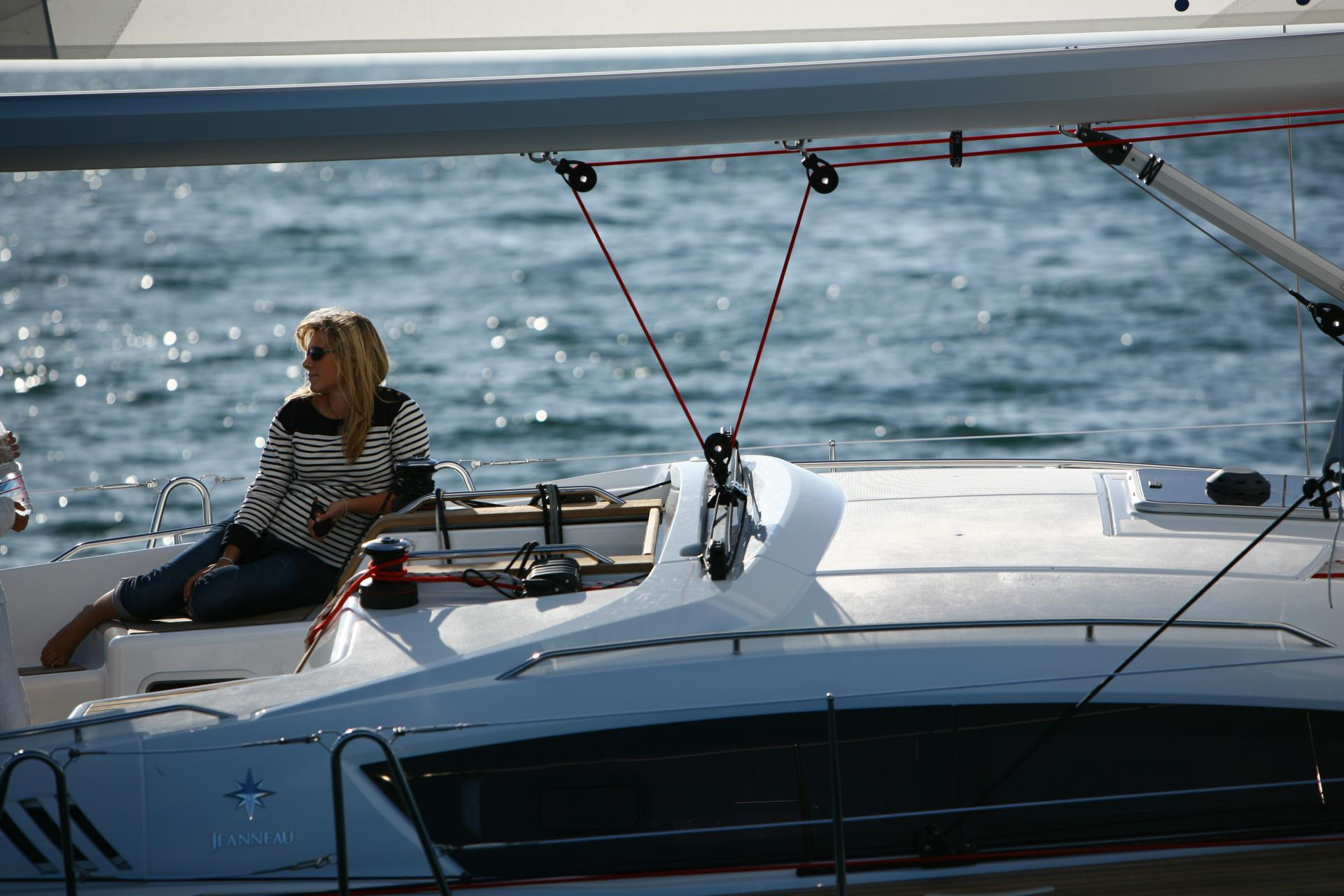Jeanneau 42DS sailboat for sale in Marina Del Rey