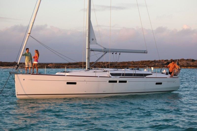 Jeanneau 469 for sale