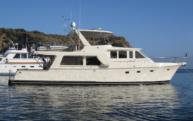 Offshore 62 Pilothouse Side Profile