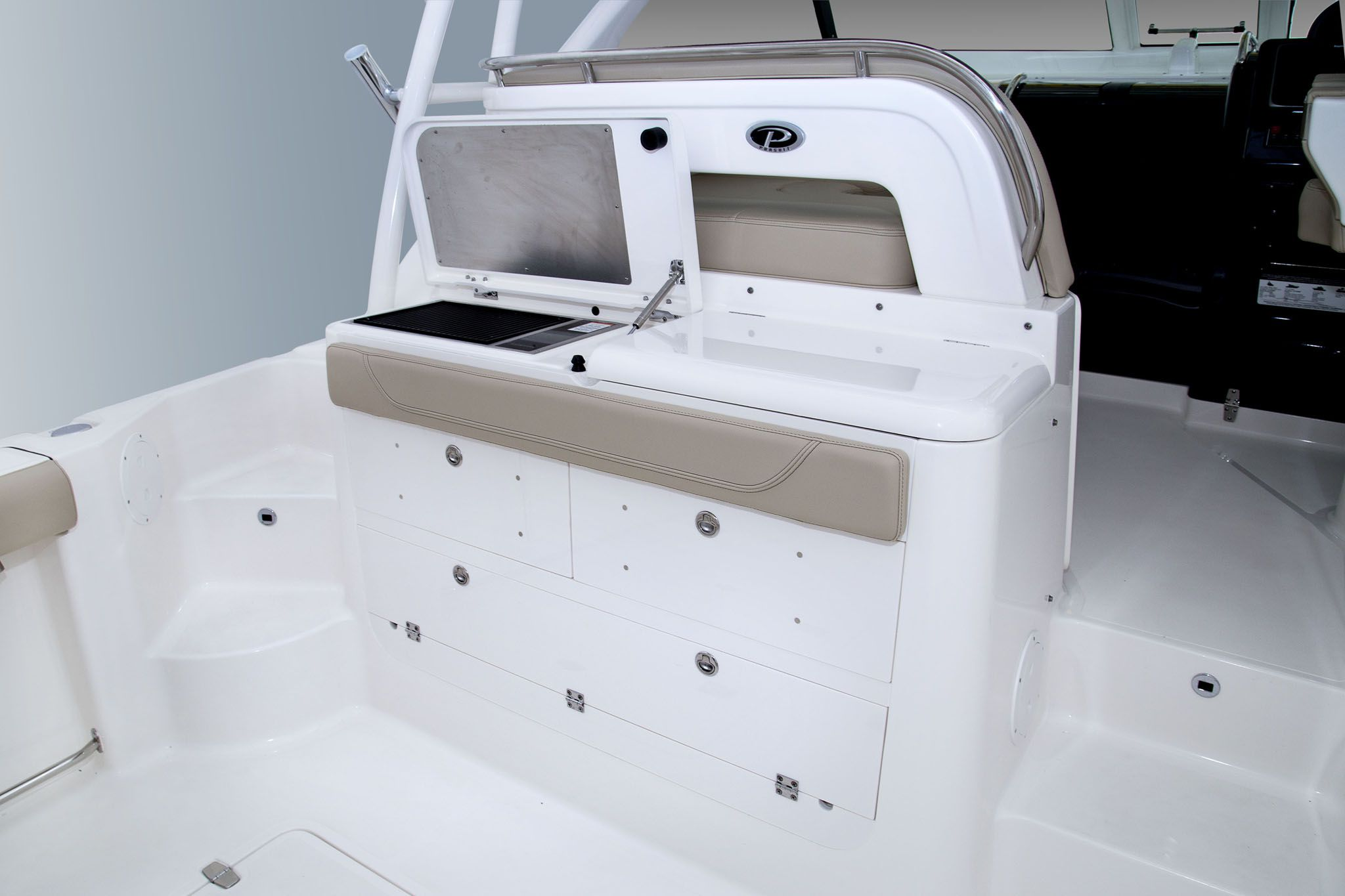 Pursuit 345 Offshort fishing boat for sale used