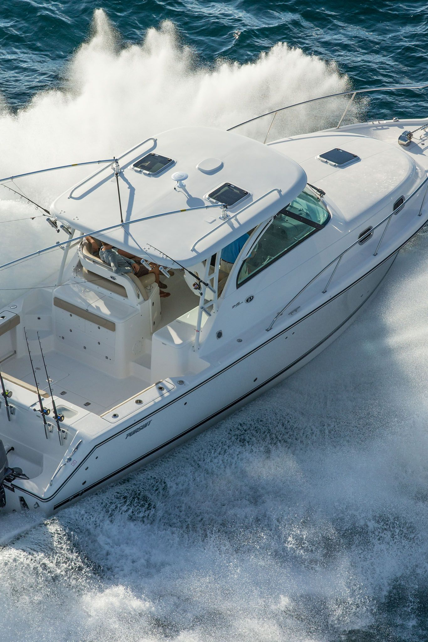 Pursuit 345 Offshore Used fishing boat for sale