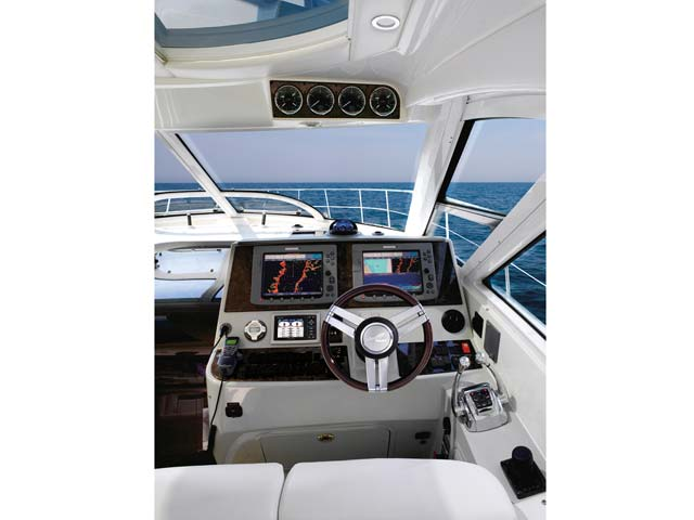 2012 Sea Ray 470 Sundancer Helm
