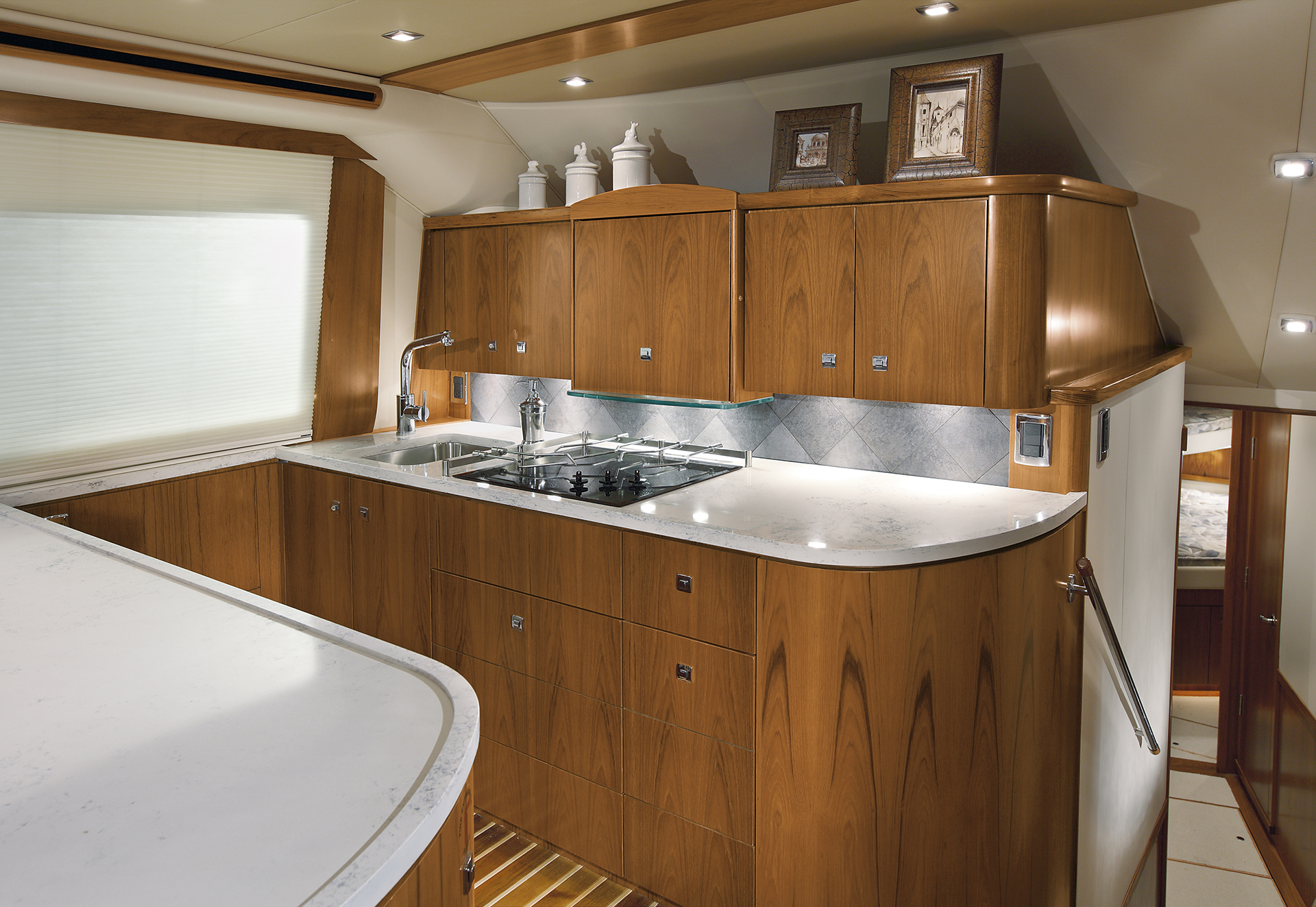 Tiara 4800 Convertible Galley