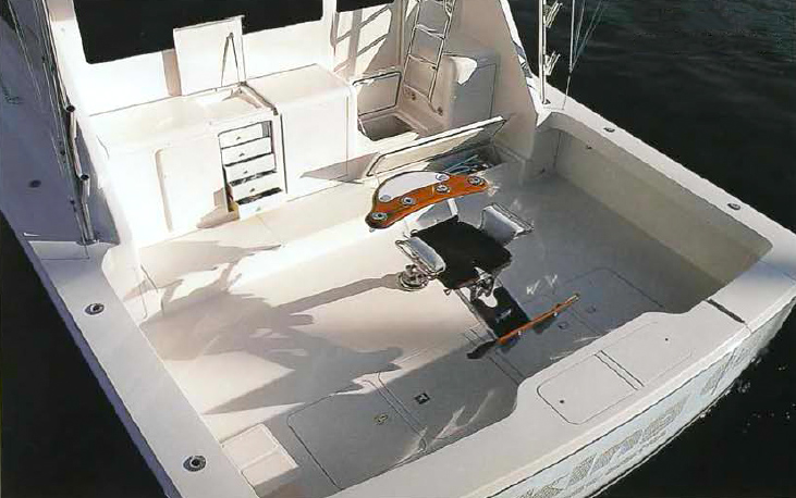 Viking 65 Enclosed Flybridge Cockpit