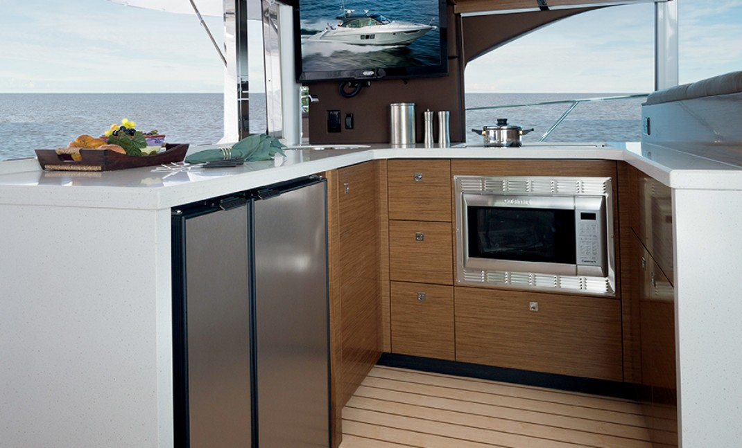 Cruisers 45 Cantius Galley