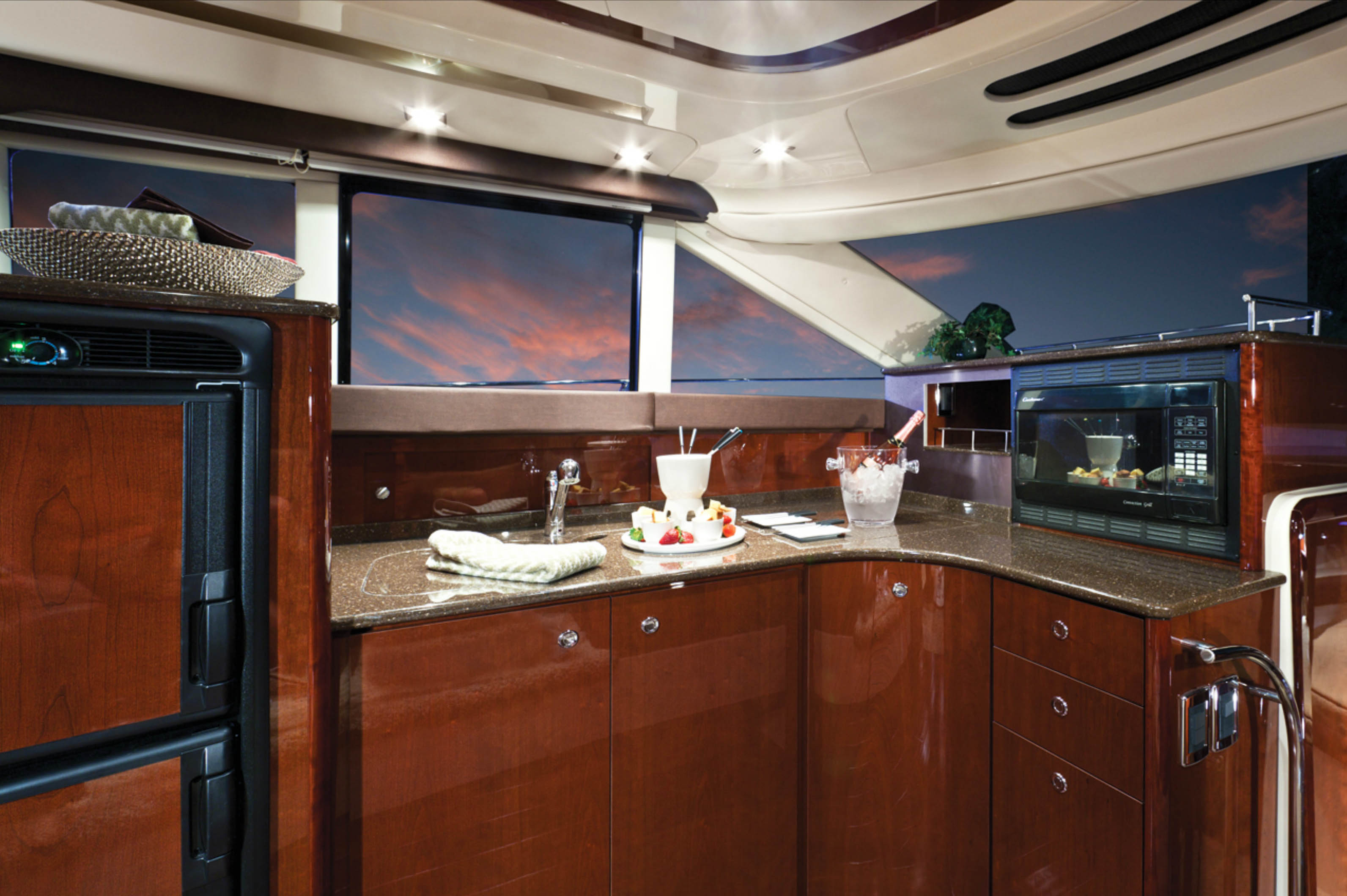Meridian 441 Galley