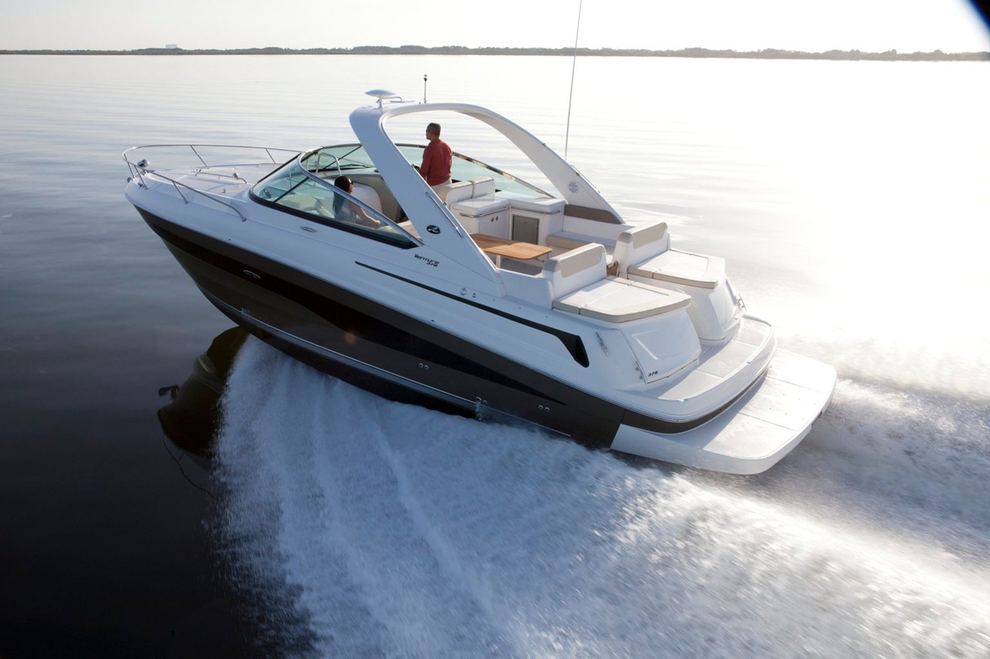 2015 Sea Ray 370 Venture Running