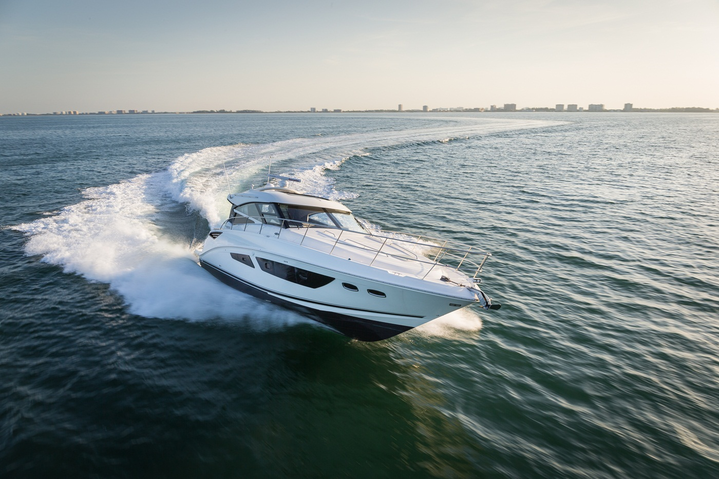2015 Sea Ray 470 Sundancer Running